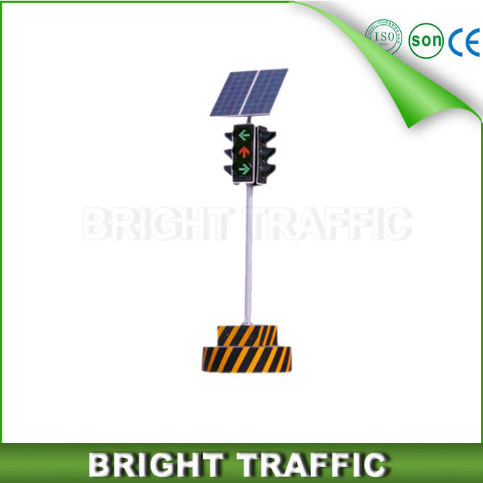 Solar Mobile Traffic signal Light