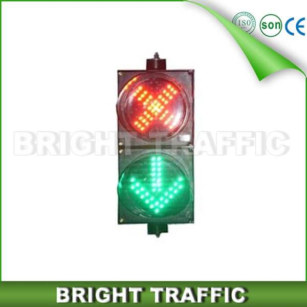 200mm Red Cross & Green Arrow Traffic Signal Lights