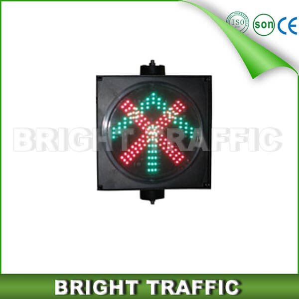 200mm Cross Arrow LED Traffic Signal Light